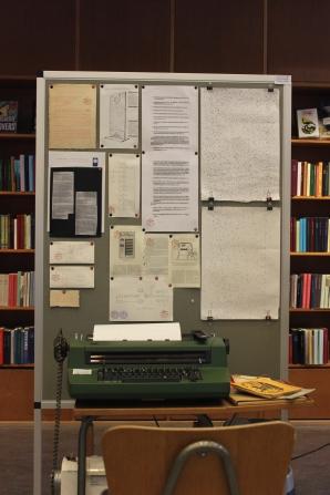 Emancipationsmaskinen Pjerrot-Selectric-23-67 samt dens teoretiske basis og konsekvens.
